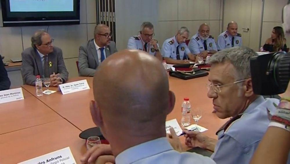 Torra preside la reunión del Gabinete Antiterrorista tras el ataque a una comisaría en Cornellà
