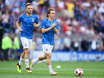Modric y Rakitik con la selección croata