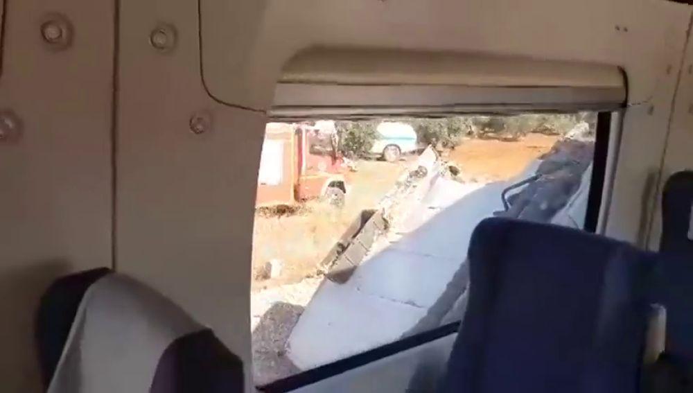 Un tren arrolla un camión y deja varios heridos