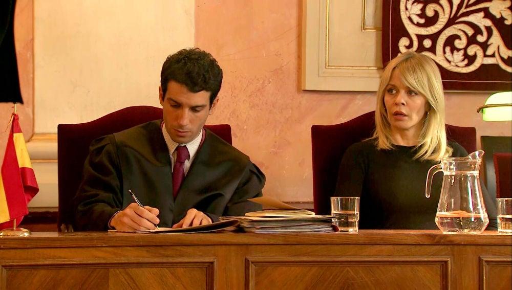 Una falsa testigo pone contra las cuerdas a Charo