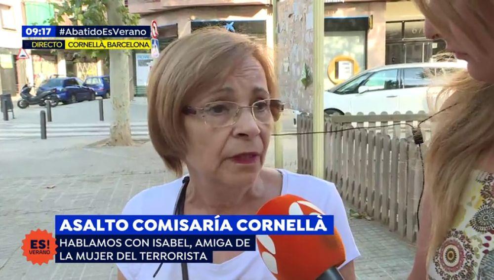 """Una vecina del atacante de Cornellà: """"Me extrañó cuando su mujer decidió ponerse velo"""""""