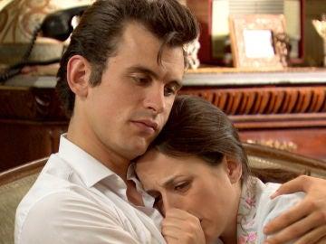 """Arturo y su """"doble ración de abrazos"""" para cuidar de Llanos"""