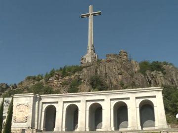Las visitas al Valle de los Caídos suben un 50% desde el anuncio del Gobierno sobre la exhumación de Franco