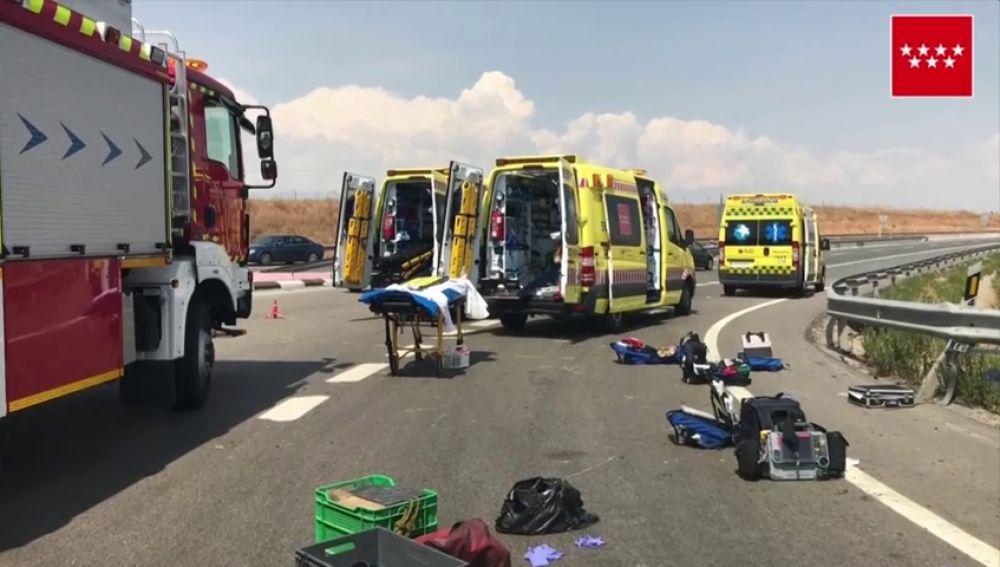 Fallece un hombre tras un choque entre dos vehículos en una rotonda de Paracuellos del Jarama