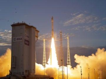 Despegue del cohete Vega con el satélite Earth Explorer Aeolus