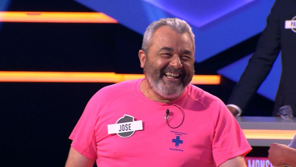 Jose, del equipo de 'Los Lobos' se muere de risa con la pregunta de Juanra Bonet