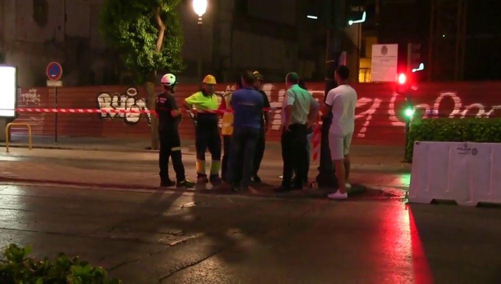 Cortes de tráfico en el centro de Granada por riesgo de derrumbe