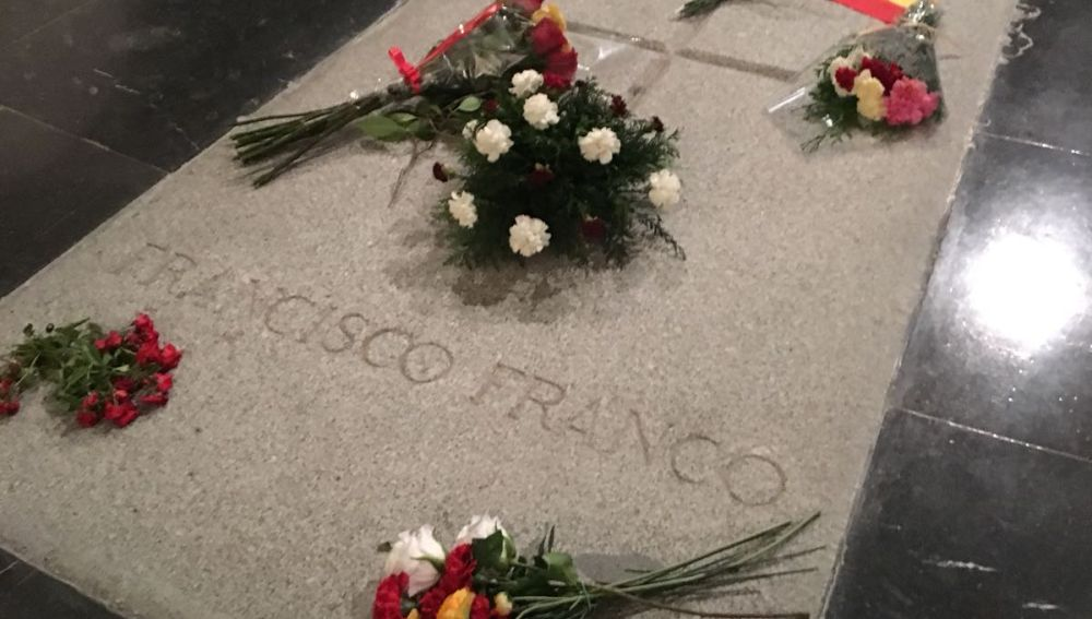 Lápida de Franco