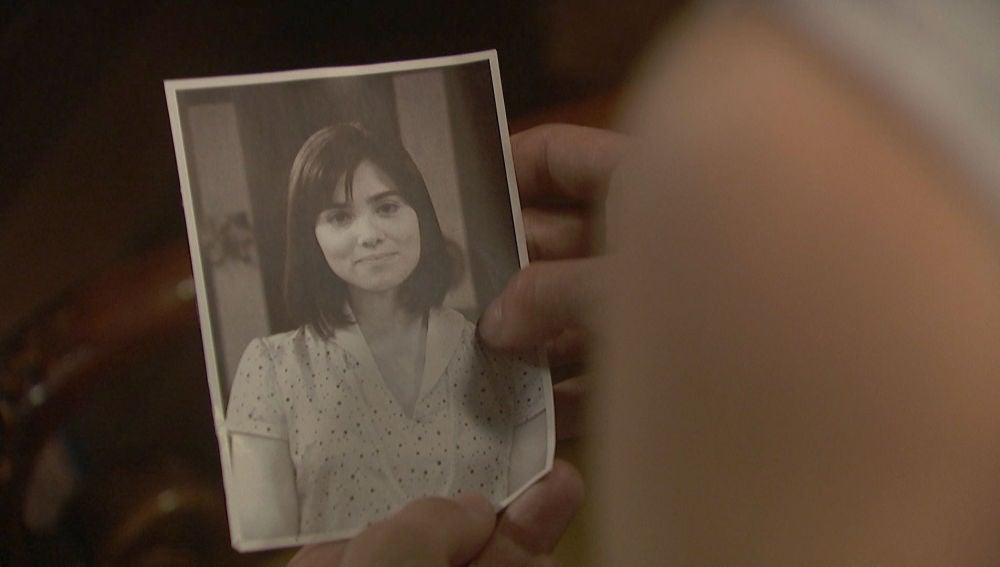 Una foto de María Castañeda aparece en La Casona