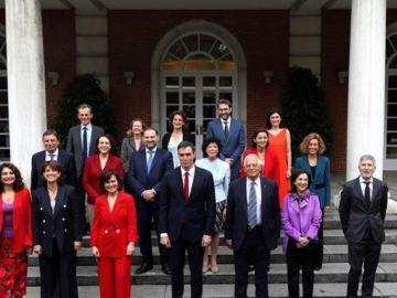 Noticias Fin de Semana (25-08-18) Sánchez reúne a sus ministros para analizar el nuevo curso político y las estrategias de futuro