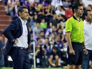 Ernesto Valverde, en un partido con el Barcelona