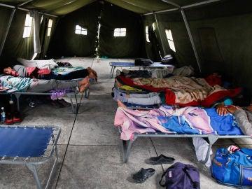 Inmigrantes venezolanos en la frontera entre Perú y Venezuela