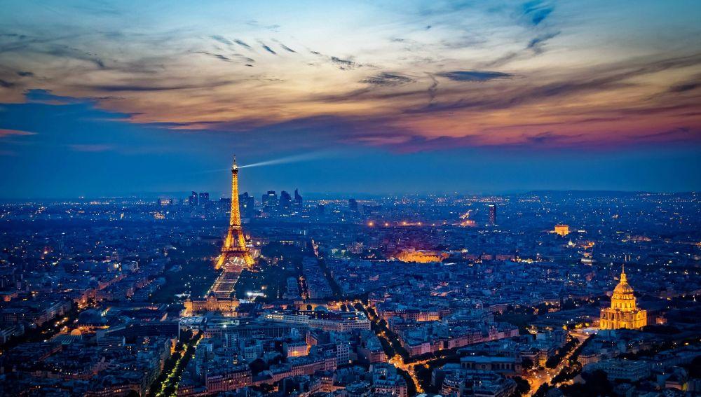 Vistas de París con la Torre Eiffel