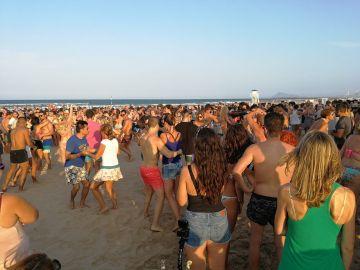 Fiesta en la playa. Gandía 2018
