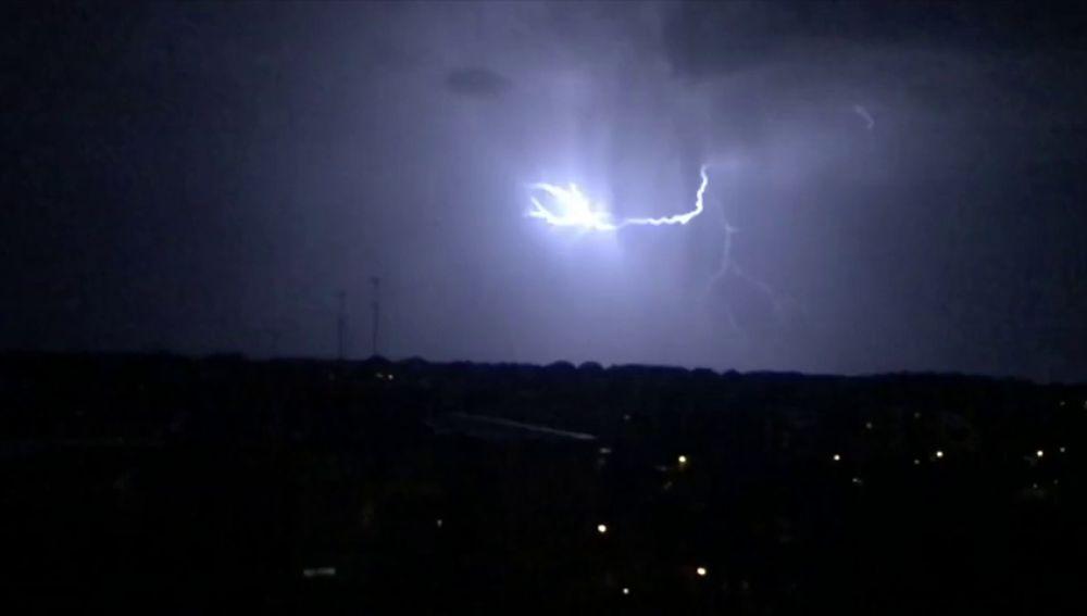 Agosto ha sido el mes con más rayos y tormentas en lo va de siglo con 776.000 descargas
