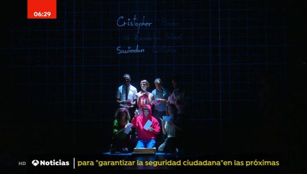 Llega a los teatros de Madrid: 'El curioso incidente del perro a medianoche'