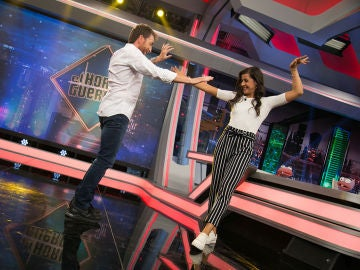 Carolina Marín y Pablo Motos disfrutan bailando sevillanas en 'El Hormiguero 3.0'