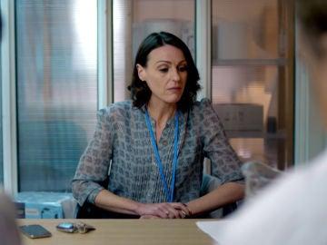 El colegio médico deja a Gemma Foster fuera del hospital
