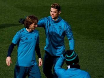 Cristiano Ronaldo y Modric, durante un entrenamiento del Real Madrid