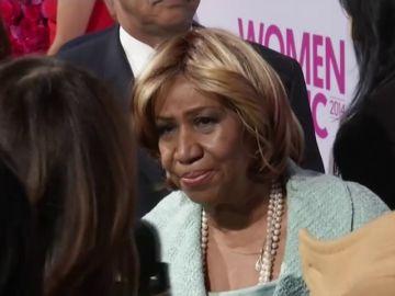 Subastan más de 30 vestidos y accesorios de Aretha Franklin en Nueva York
