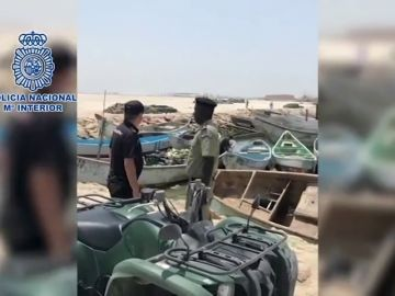Detienen en Mauritania a dieciocho personas preparadas para salir en cayuco hacia las Islas Canarias