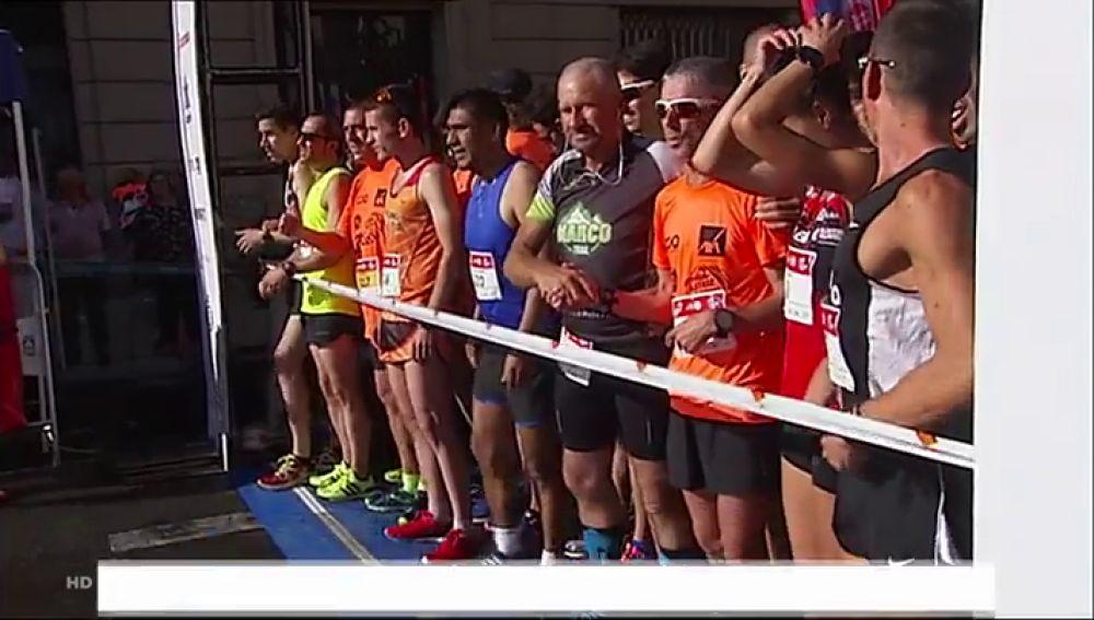 Más de 1.100 personas participan en la carrera Ponle Freno en Vitoria