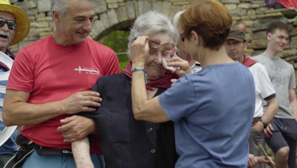 Las lágrimas de la centenaria en 'Hasta los 100 y más allá' al volver a su pueblo