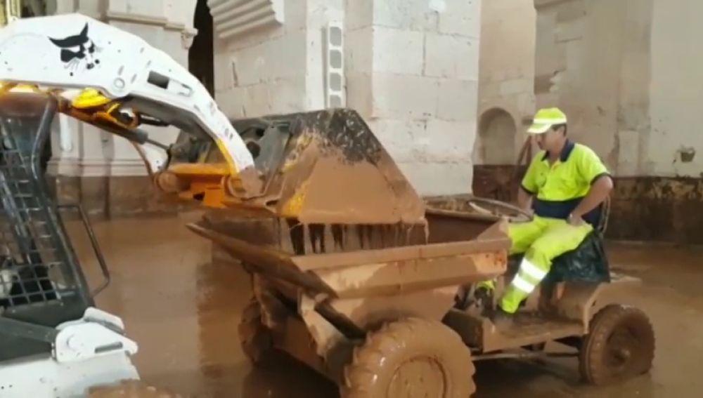 El desbordamiento de un río en Santa María de Huerta daña un monasterio cisterciense