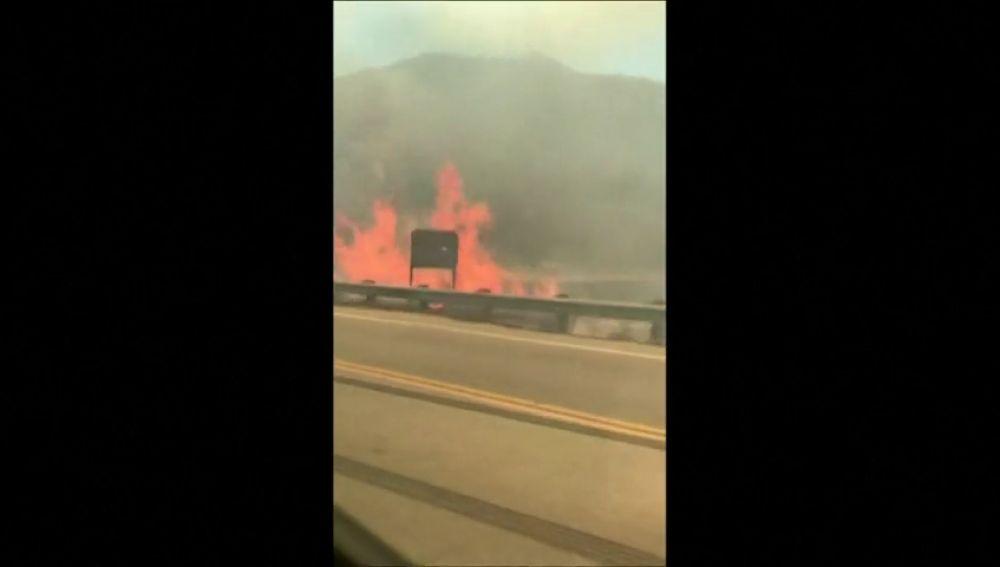 Desalojado el Cañón San Gabriel tras producirse un incendio