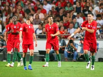 André Silva celebra su gol con Portugal