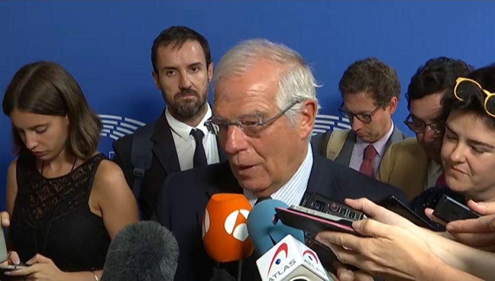 """Borrell preferiría que los políticos independentistas presos estuviesen """"libres condicionalmente"""": """"Hubiera preferido otras medidas de precaución para evitar la fuga"""""""