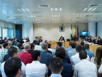 Juicio por el supuesto amaño en las oposiciones de la Policía Local de Sevilla