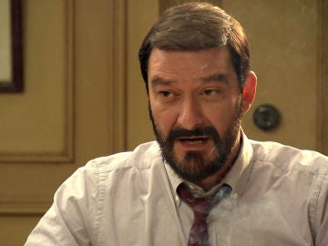 Arturo no dejará ir a su hijo emprender un futuro con Llanos a Barcelona