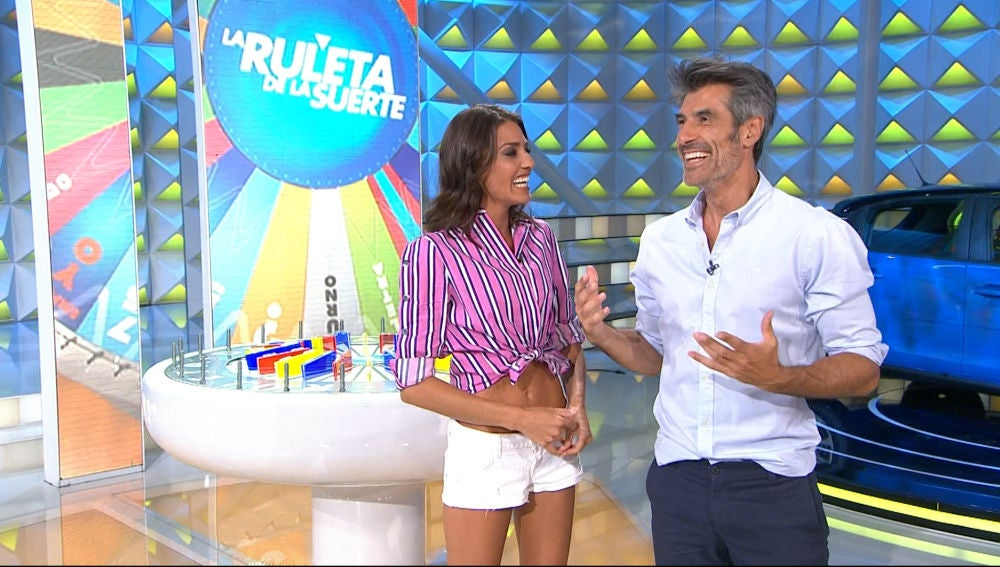 El secreto de Laura Moure para relajar a los concursantes de 'La ruleta de la suerte' antes de concursar