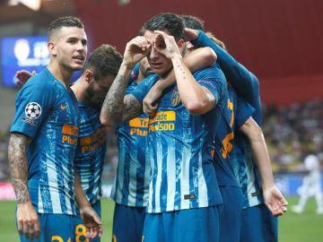 El Atlético celebra uno de los tantos ante el Mónaco