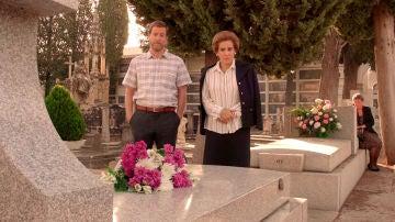 'Amar es para siempre' arranca su séptima temporada en el año 1975 con Benigna recordando un trágico suceso