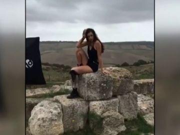 """Chiara Bordi, la primera modelo con una pierna biónica que queda entre las tres finalistas de Miss Italia: """"Me interesa mostrar al mundo que la vida siempre es bella"""""""