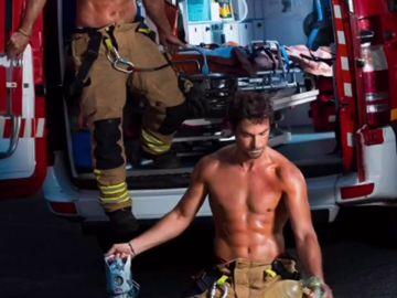 El Gobierno de Zaragoza censura el calendario solidario de bomberos 2019
