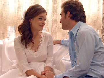 Gonzalo le confiesa a María que está enamorado