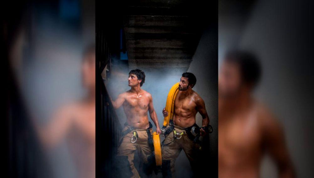 Paralizado el calendario solidario de los bomberos de Zaragoza
