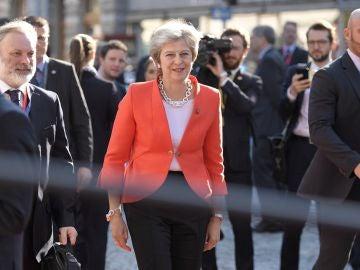 La primera ministra británica, Theresa May, a su llegada a la cumbre de jefes de estado de la Unión Europea que se celebra en Salzburgo