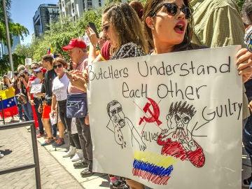 Protestas en Miami contra Salt Bae