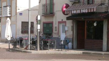 Tres heridos en una terraza de Zaragoza por caerles una carga de palés