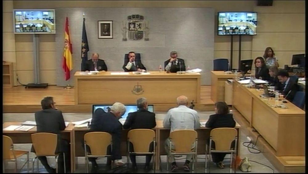 Los cabecillas de la Gürtel piden al Supremo las grabaciones íntegras del juicio para ver en cuántas sesiones se duerme el juez De Diego