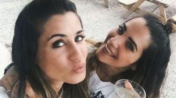 Elena Tablada y su hermana Naelé Tablada