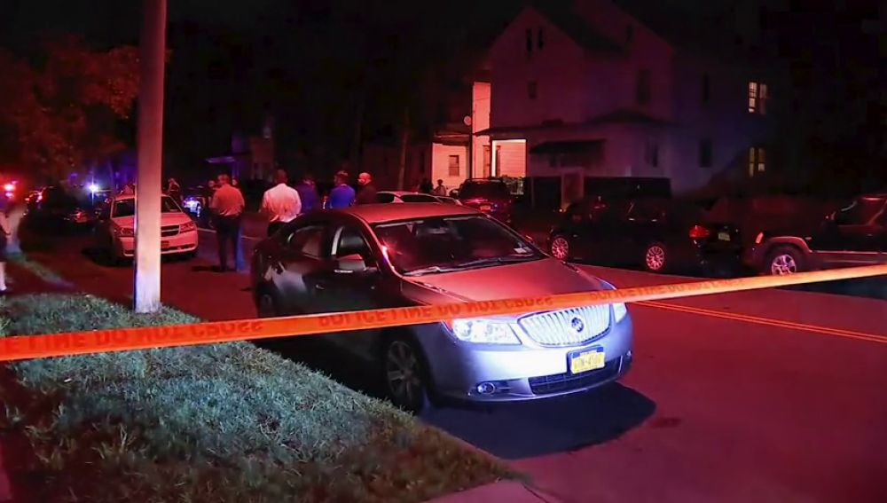 Al menos cinco heridos, entre ellos una niña de ocho años, heridas de bala en un tiroteo en Nueva York
