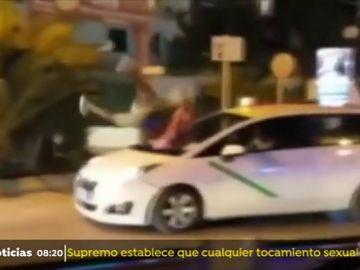 Un turista británico se estampa contra un taxi en Ibiza