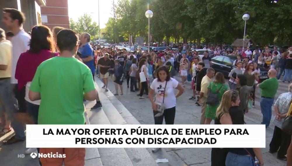 Unas 4.000 personas con discapacidad se examinan en Madrid para conseguir las 279 plazas de ordenanza