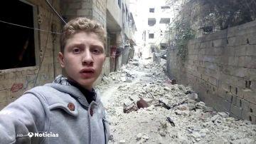 Un reportero sirio de 16 años muestra al mundo el horror de la guerra a través de las redes sociales