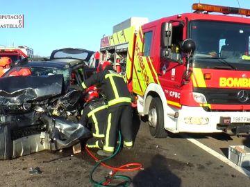 Brutal accidente de tráfico en Castellón con cinco vehículos implicados